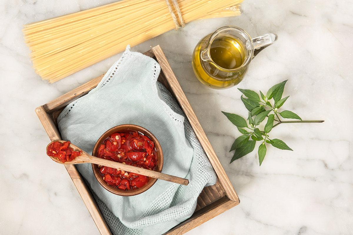 Hot Calabrian peppers spread